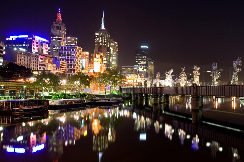Moderní noční město